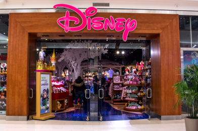 Disney Store Releases Update on Phased Reopening; Face Masks Required for Entry, No Limited Release Items or In-Store Activities