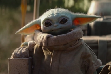 We Just Spotted The Cutest Baby Yoda Leggings in The ENTIRE Galaxy!