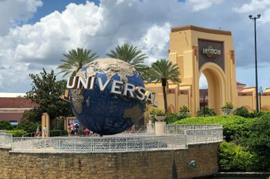PHOTOS: Universal Orlando Resort Surveying Guests About the Theme Park Experience Compared to Walt Disney World Resort