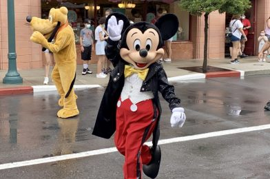 """PHOTO REPORT: Disney's Hollywood Studios 10/19/20 (New Open Edition Pins, New Haunted Mansion Dooney & Bourke Bags, Build-Your-Own Lightsaber """"Scrap Metal"""" Pieces Available, and More)"""
