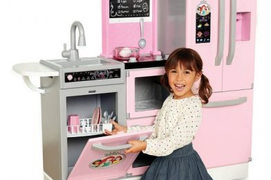 Kiddos Will Probably Obsess Over This Pretend Disney Princess Kitchen (Because We Totally Are)!