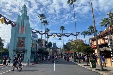 PHOTOS – Take a Look at the Crowds at Walt Disney World Today (and Yesterday Too)